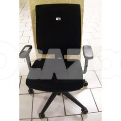 fauteuil roulettes marque majencia viasit d 39 occasion vendre ocazoo. Black Bedroom Furniture Sets. Home Design Ideas