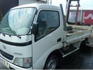 TOYOTA DYNA ACCIDENTE POUR PIECES.