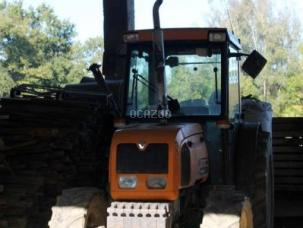 Tracteur agricole RENAULT FRUCTUS 140