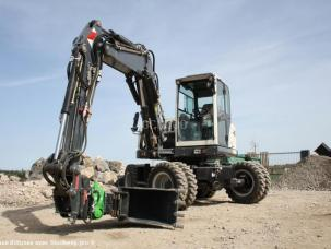 ONE-TP Tiltrotator montage attache Oilquick