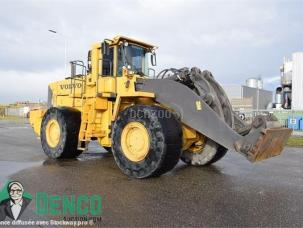 Chargeuse  Volvo L 330 E