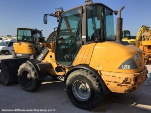 Chargeuse  Volvo L25B