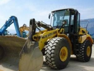 New Holland W270B