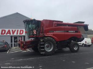 Moissonneuse-batteuse Case IH 7230