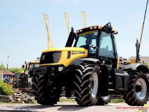 Tracteur agricole JCB Fastrac